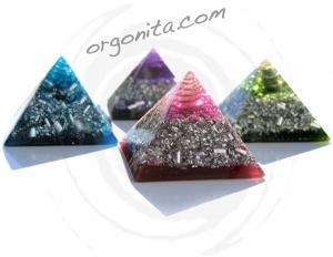 BUENA, BONITA y BARATA - Pirámide de Orgonita ECO 3.B