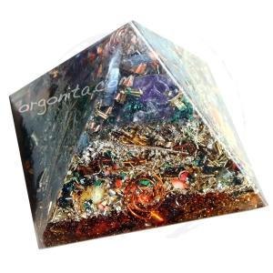 Pirámide de Orgonita 4788