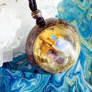 PIEDRA LUNA ON GOLD - Colgante de Orgonita 4130- PIEZA ÚNICA