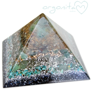 KEOPS - PIRAMIDE  de Orgonite 3750 - PIEZA ÚNICA
