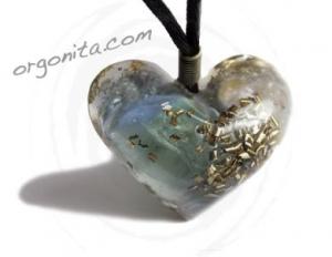 Corazón de Orgonite 0393